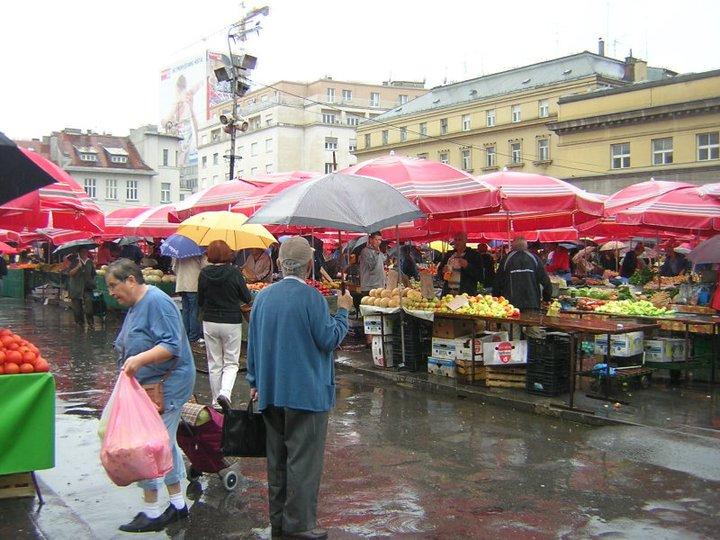 Dalnac market circa 2006